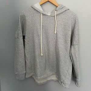 O'Neill  blue and white striped hoodie M